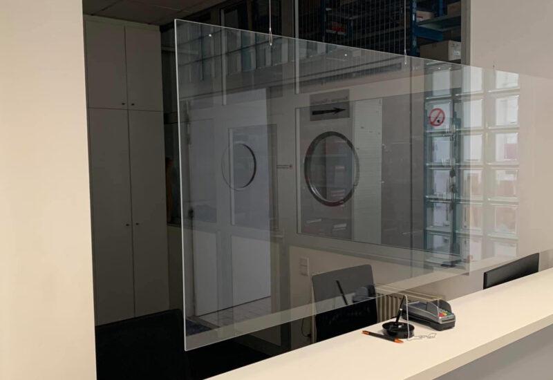 Plexiglas corona scherm op maat
